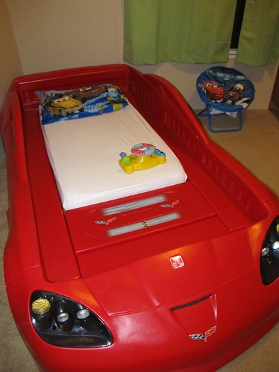 step 2 corvette bed for kids